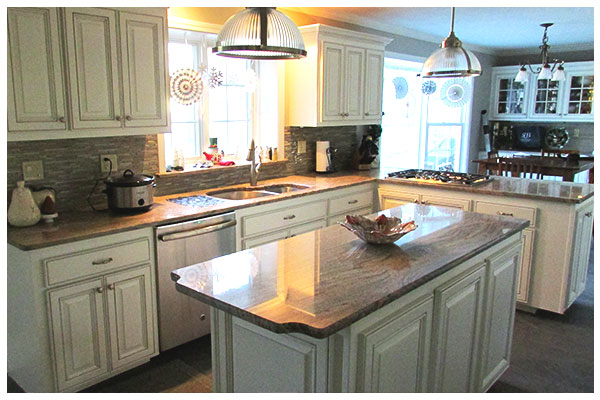 Custom Kitchen Cabinet Refacing in Farmington, Connecticut